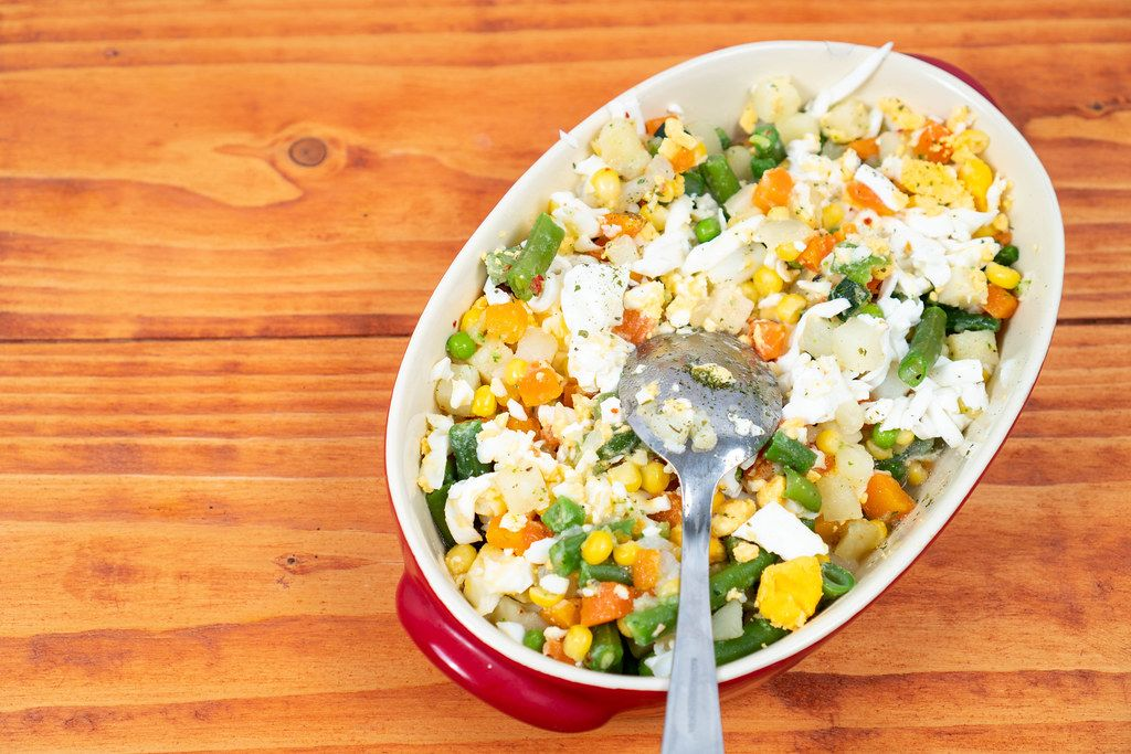 Healthy-vegetables-salad-in-the-bowl-with-copy-space.jpg