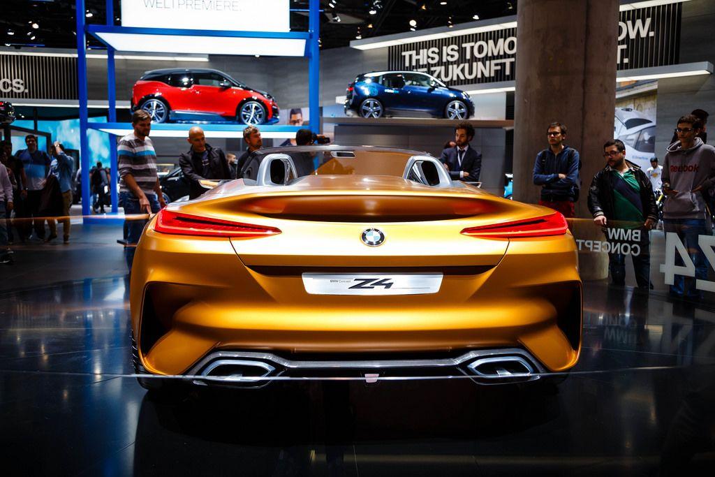Hinteransicht des neuen BMW Z4 Konzepts bei der IAA 2017 in Frankfurt am Main