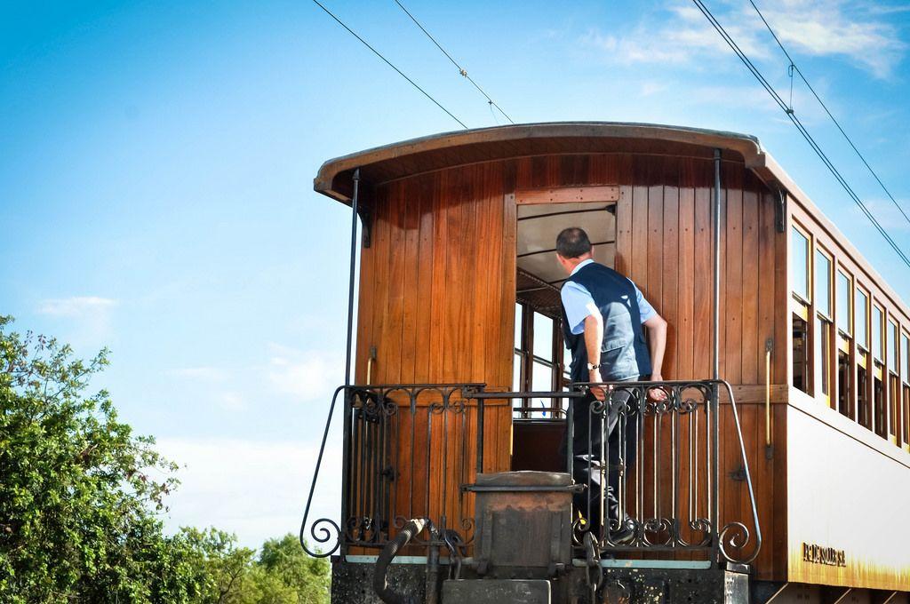 Historische Bahn von Palma nach Soller