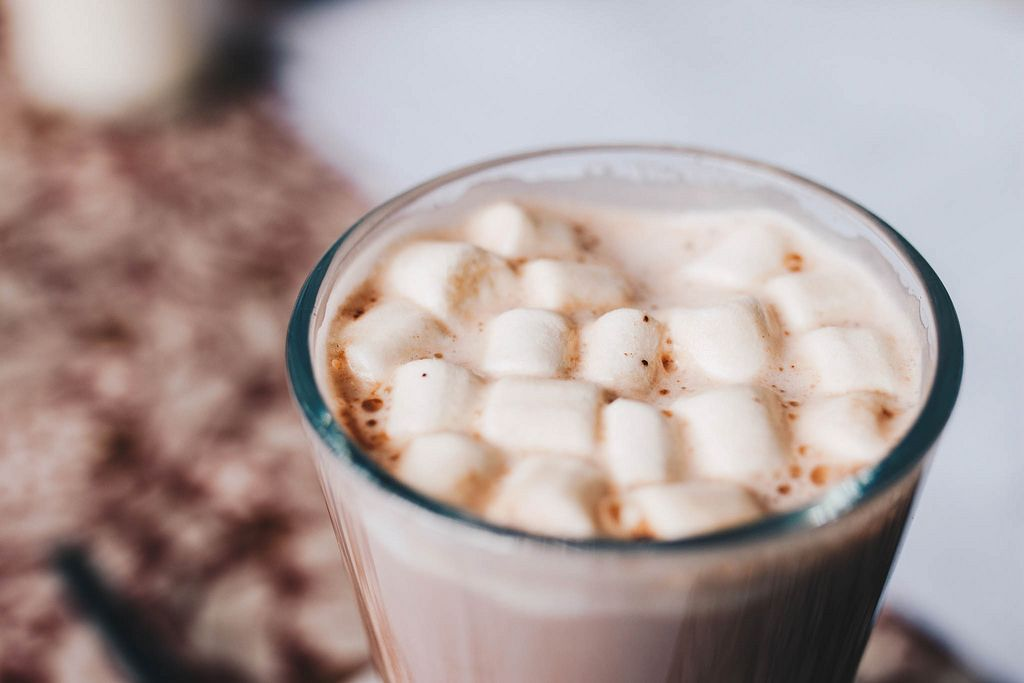 Hot chocolate with marshmallows on top. Close up
