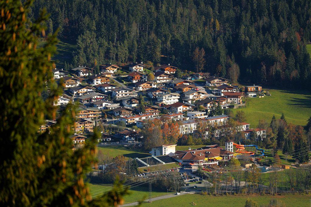 Houses at the mountains, Ellmau, Austria (Flip 2019)