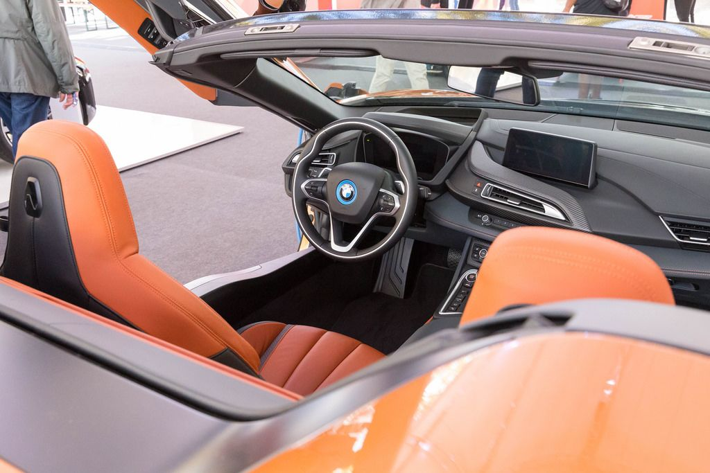 Innenansicht des BMW i8 Roadsters