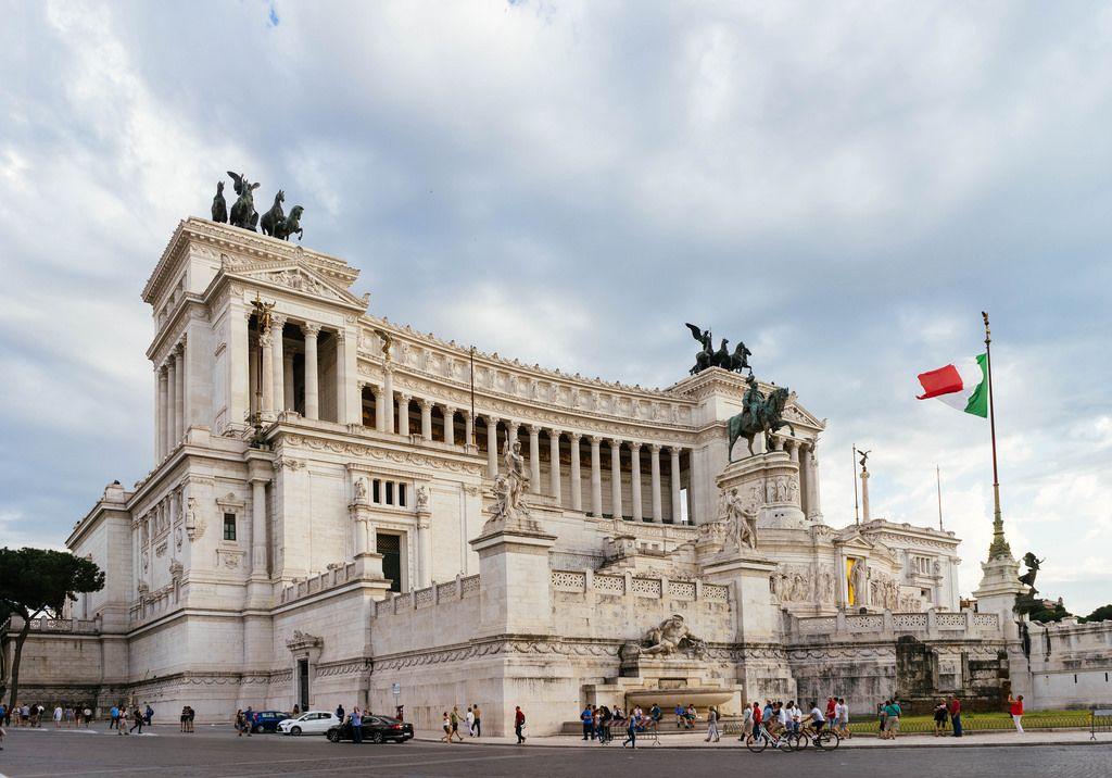 Italian Parliament Building / Italienisches Parlamentsgebäude