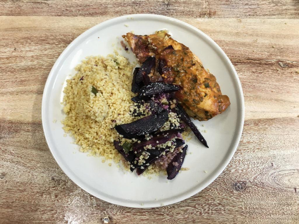 Jerk Chicken mit Urkarotte und Couscous