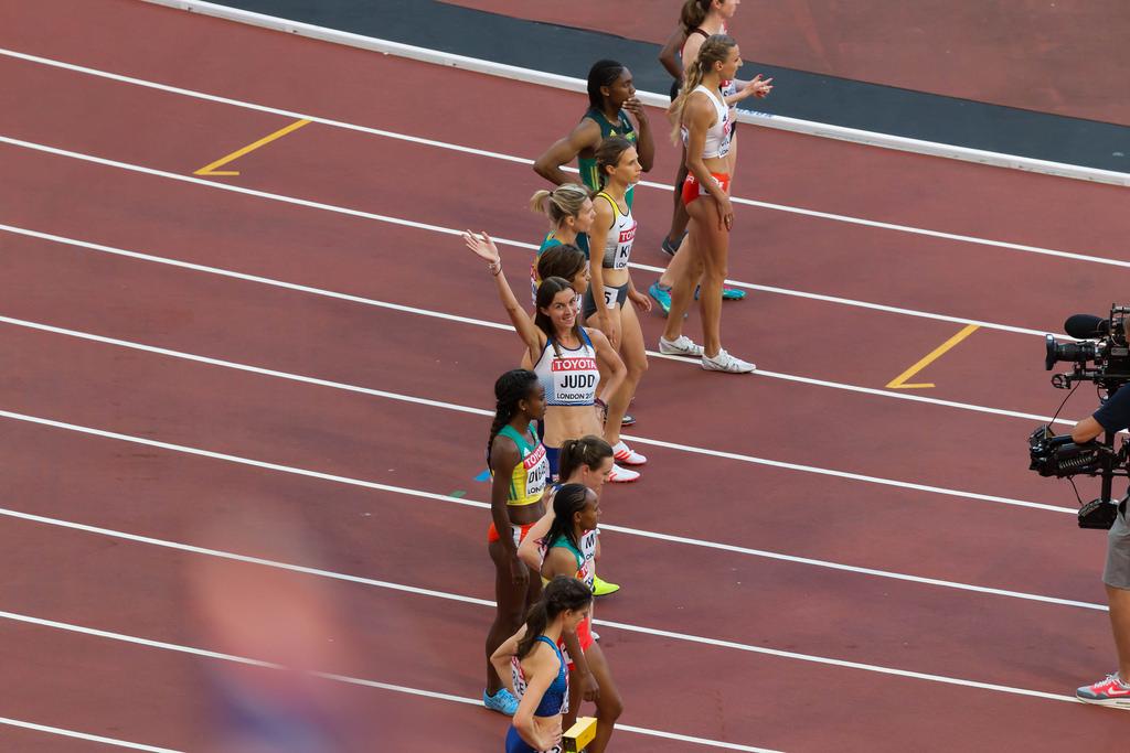 Jessica Judd vor dem 1500m Lauf