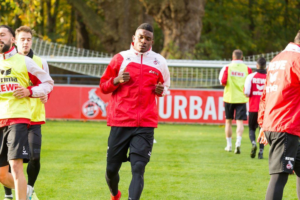 Jhon Córdoba von 1. FC Köln beim Training am 13.11.2017