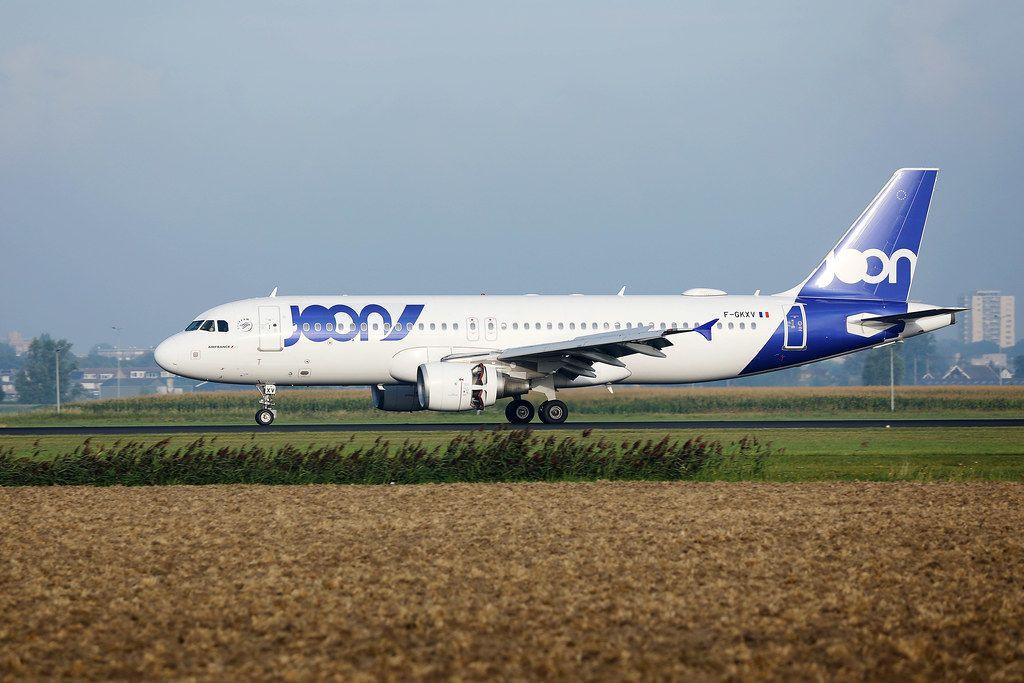 Joon Französische Airline auf dem Rollfeld des Amsterdam Schiphol Flughafen