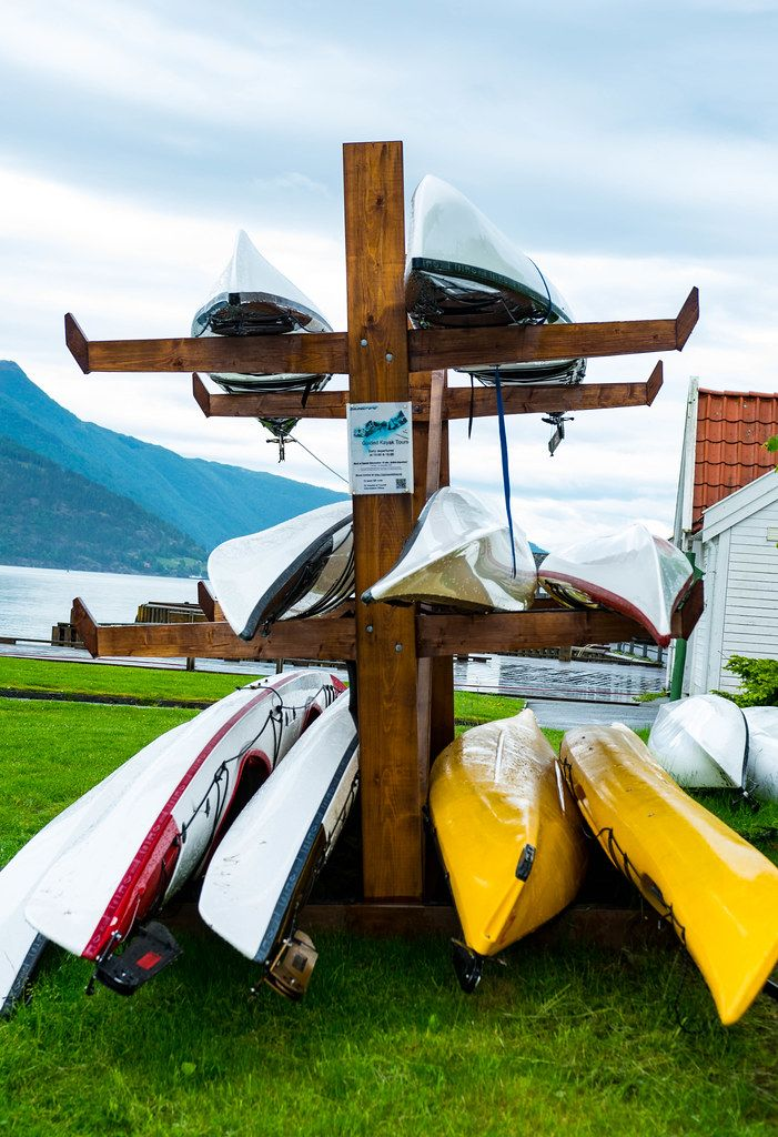 Kayak rental stand