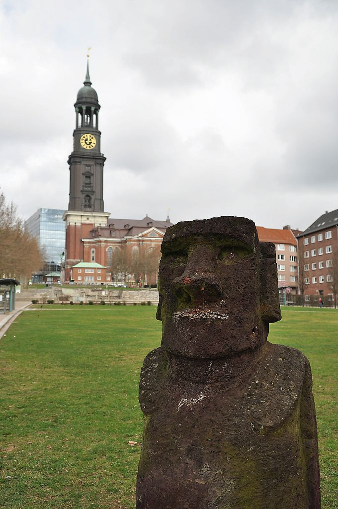 Kleiner Moai-Kopf in Hamburg