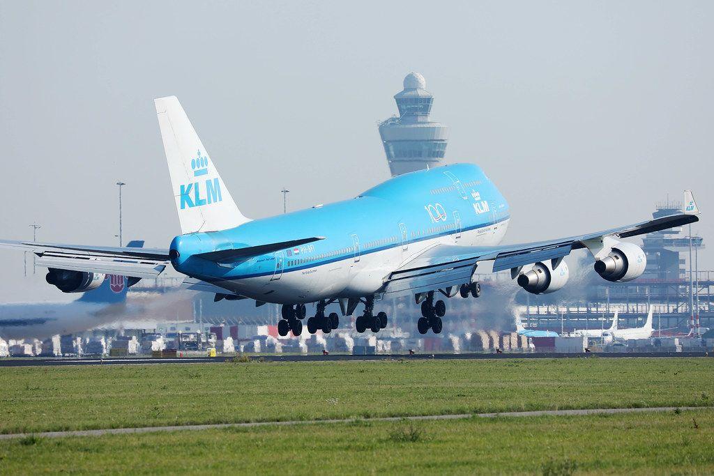 KLM B747 landing at Amsterdam Airport, AMS