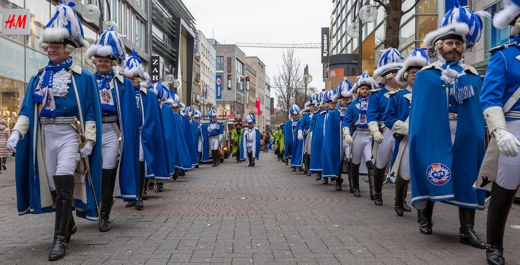 Kölner Funken Artillerie blau weiß von 1870 - Kölner Karneval 2018