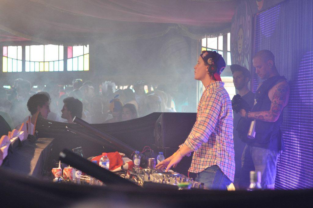 Kopfhörer auf, jetzt wird's ernst - DJ Kygo @ Musikfestival Tomorrowland 2014