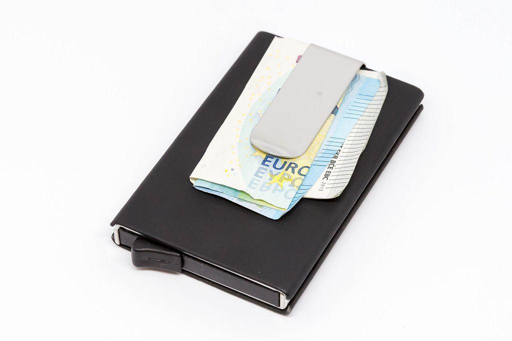 Kreditkarten Etui mit Geldklammer