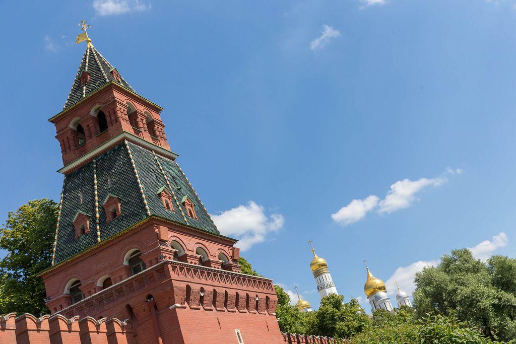 Kreml und die Kremlische Kirchen im Hintergrund