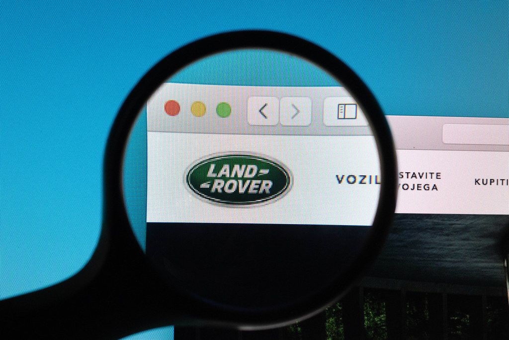 LandRover logo under magnifying glass