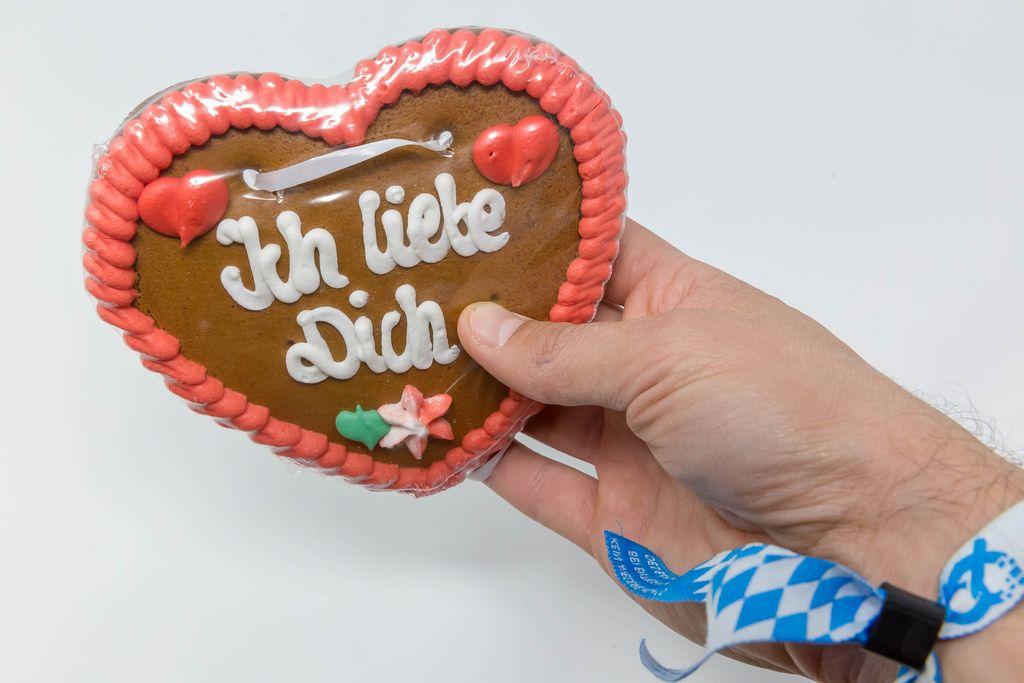 Lebkuchenherz als Liebesbeweiß - Creative Commons Bilder