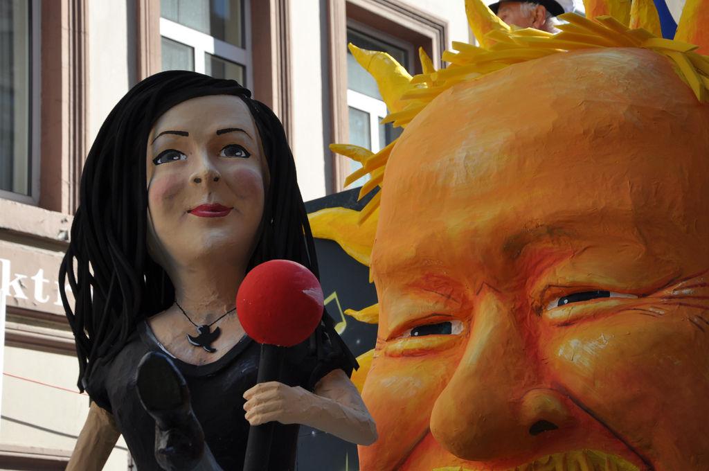 Lena und Stefan Raab am Rosenmontagszug 2011, Köln