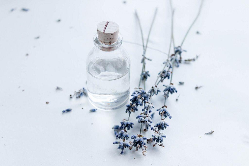 Little decorative jar and lavender