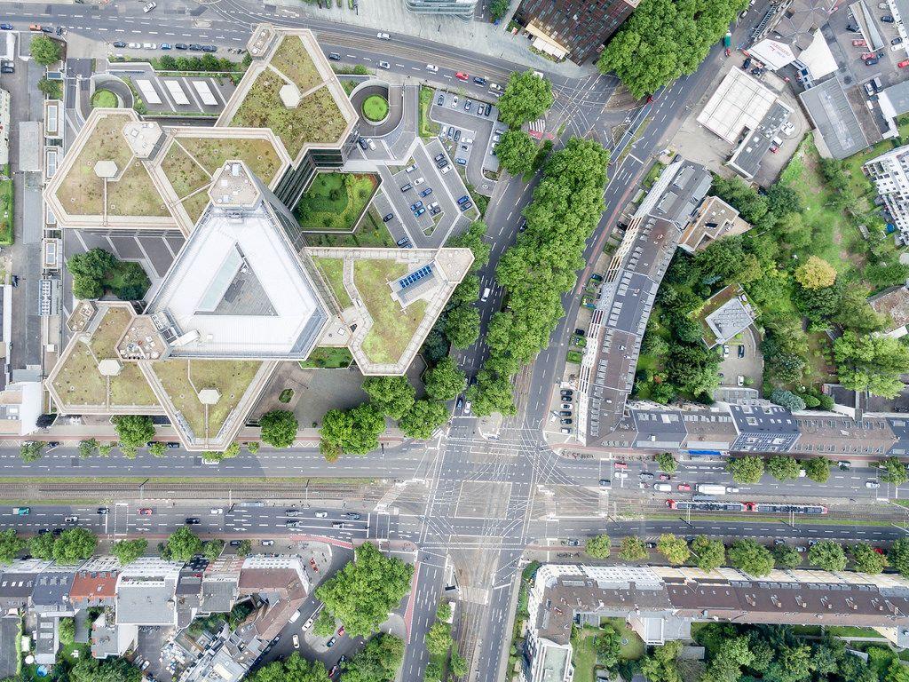 Luftbild: Aachener Straße / Gürtel und DKV-Versicherung Köln
