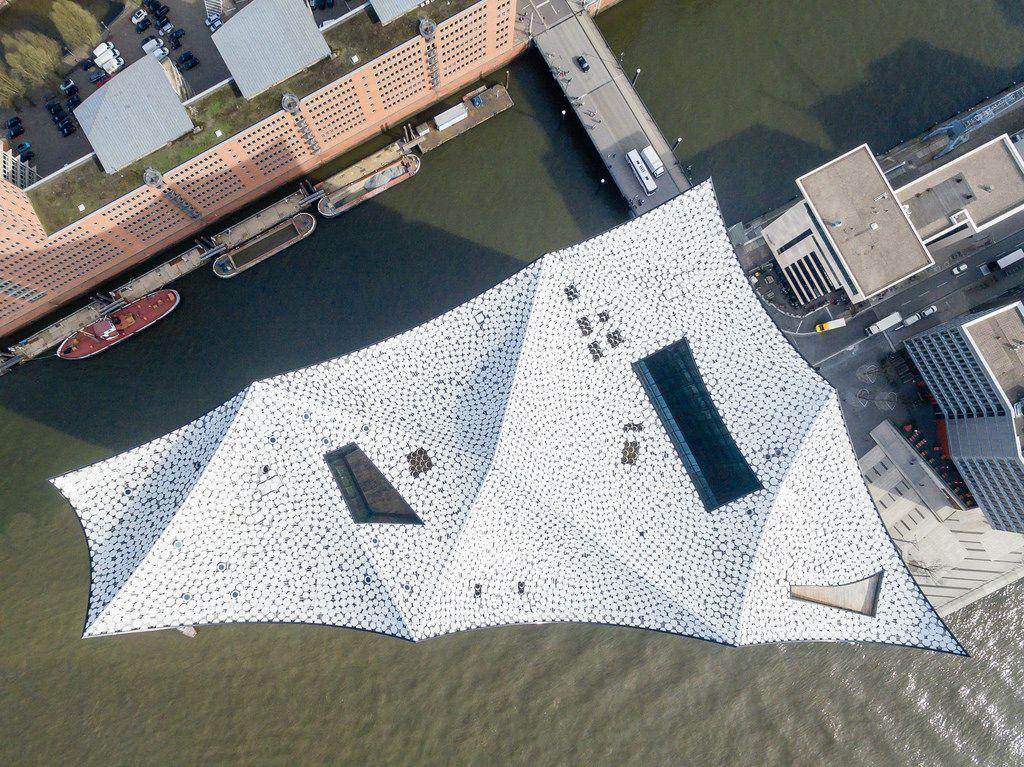 Luftbild: Elbphilharmonie von oben
