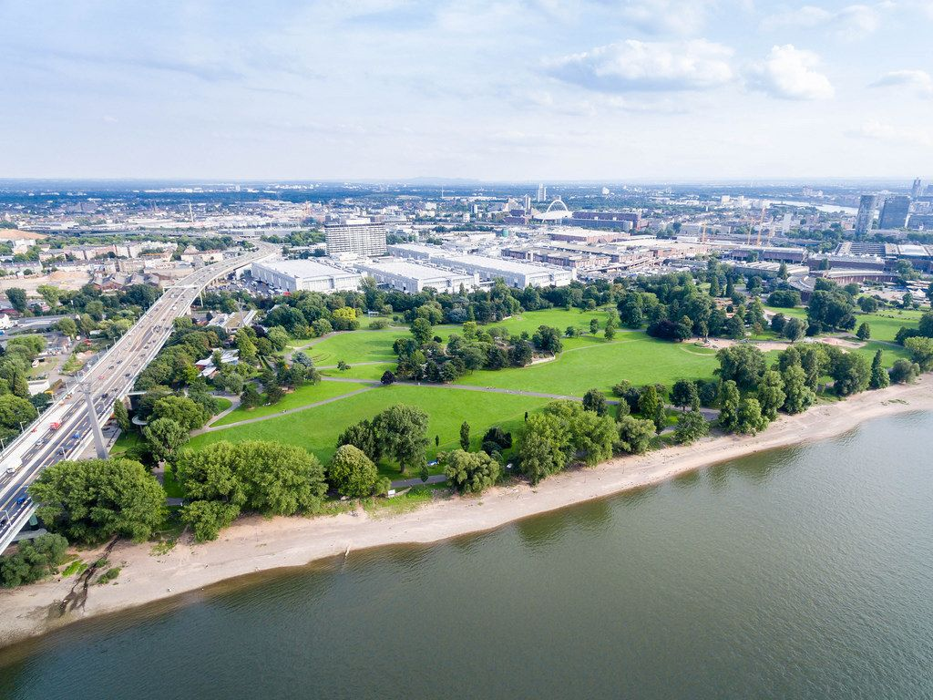Luftbild: Rheinpark Köln