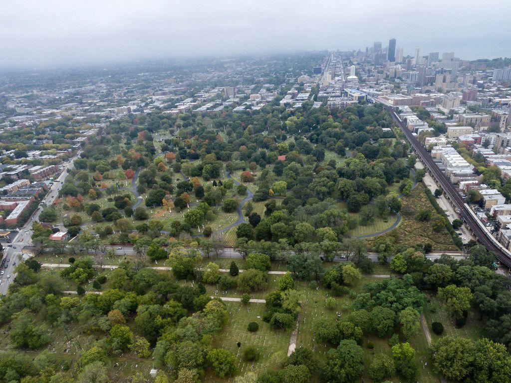 Luftbildaufnahme: Friedhöfe Wunder's Cemetery und Graceland Cemetery