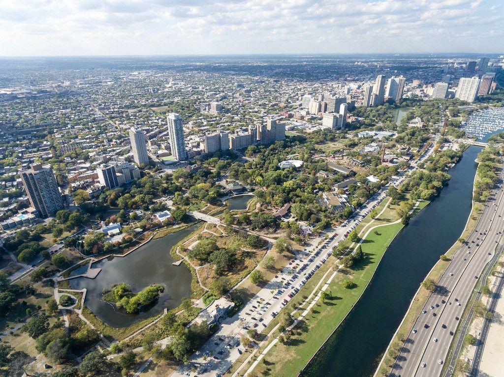 Luftbildaufnahme: South Pond, South Lagoon, Hochhäuser in Park West