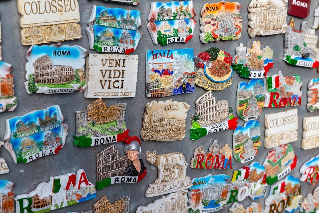 Magnete als Souvenirs in Rom