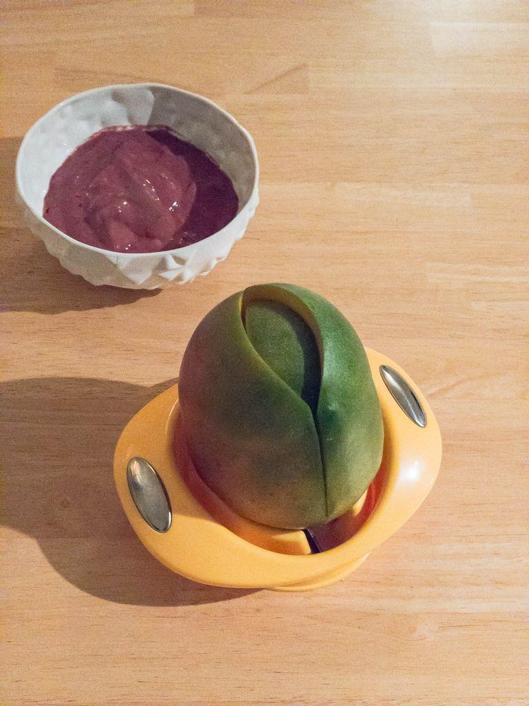 Mangoschäler (Mango Cutter)