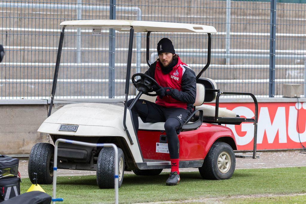 Marco Höger auf EZGO Golf Cart