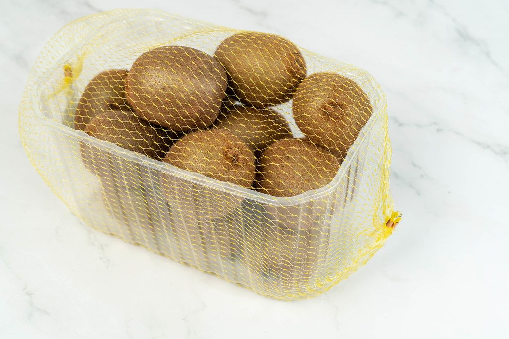 Market package with Kiwi fruit (Flip 2019)