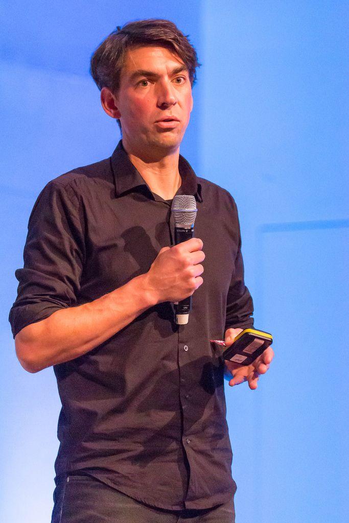 Matthias Henze - CEO at Jimbo giving a speech