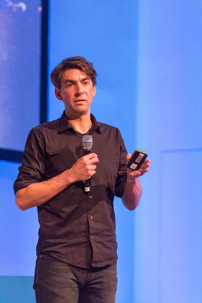 Matthias Henze - CEO bei Jimbo hält eine Rede auf dem Bits & Pretzels Festival 2018