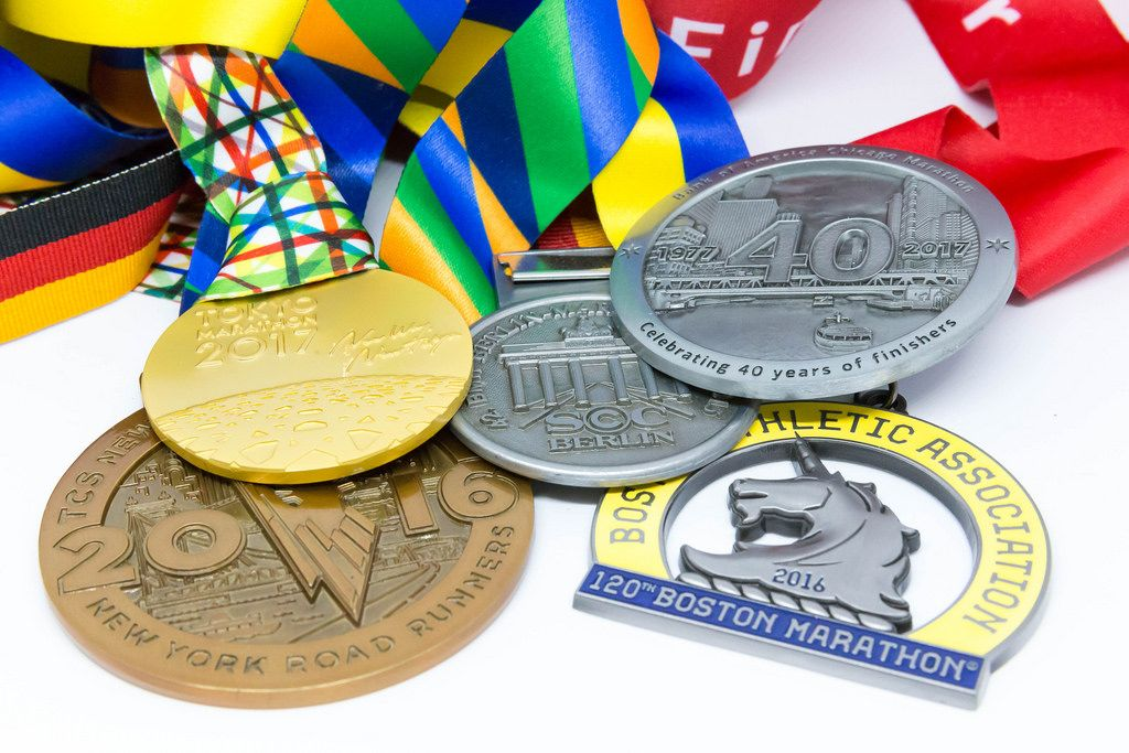 Medaillen der Major Marathons Berlin, Chicago, Boston, New York und London