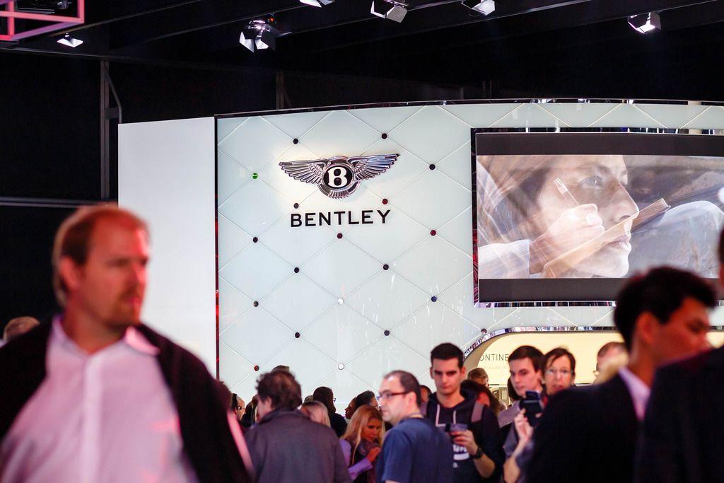 Messestand von Bentley bei der IAA 2017 in Frankfurt am Main