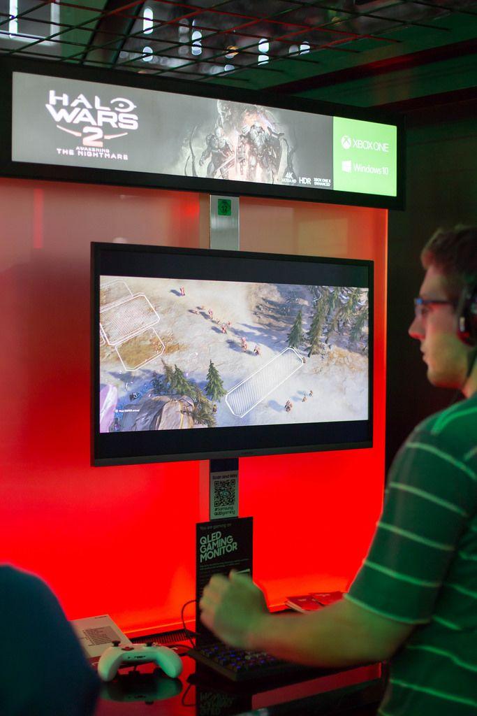 Messestand von Halo Wars 2
