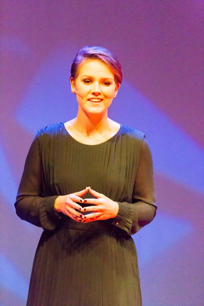 Moderatorin Martine van der Meijden - TEDxVenlo 2017