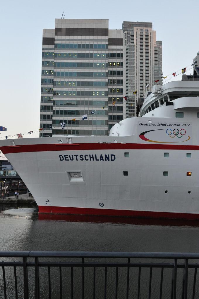 MS Deutschland