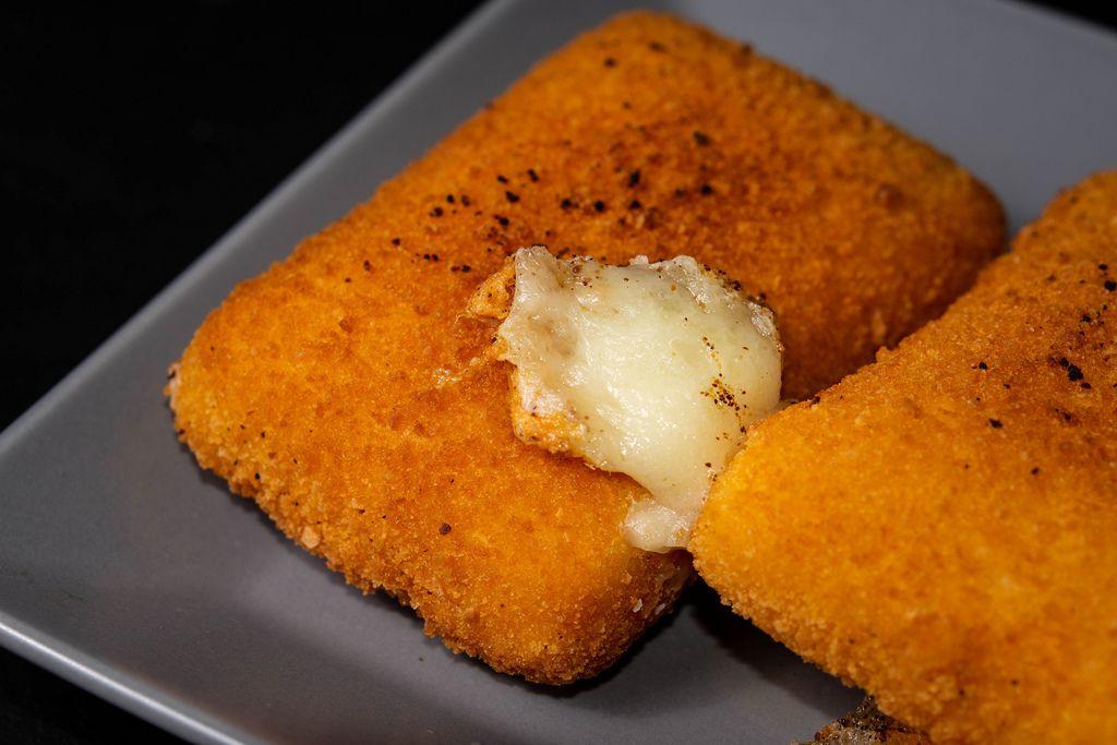 Nahaufnahme auf gebratenem Käse
