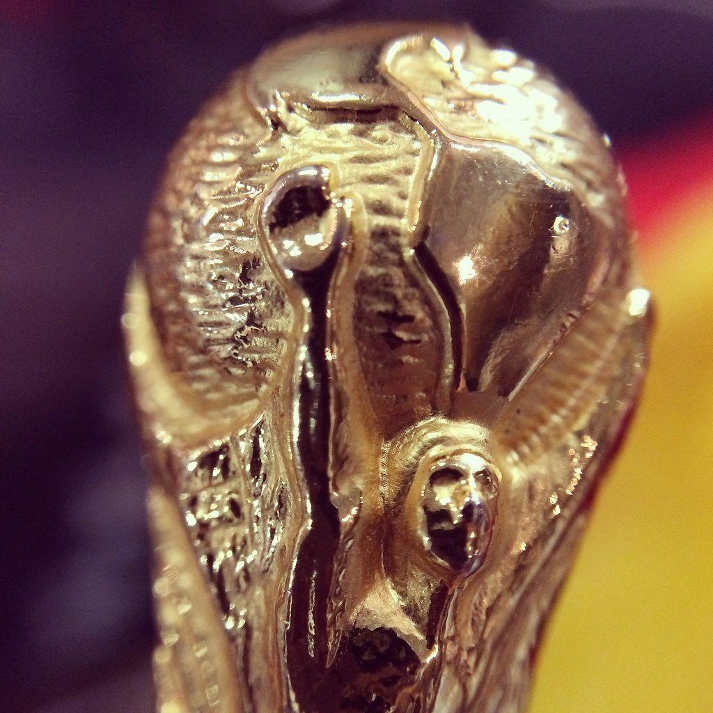Nahaufnahme einer Nachbildung des FIFA-WM-Pokals - Fußball-WM 2014, Brasilien