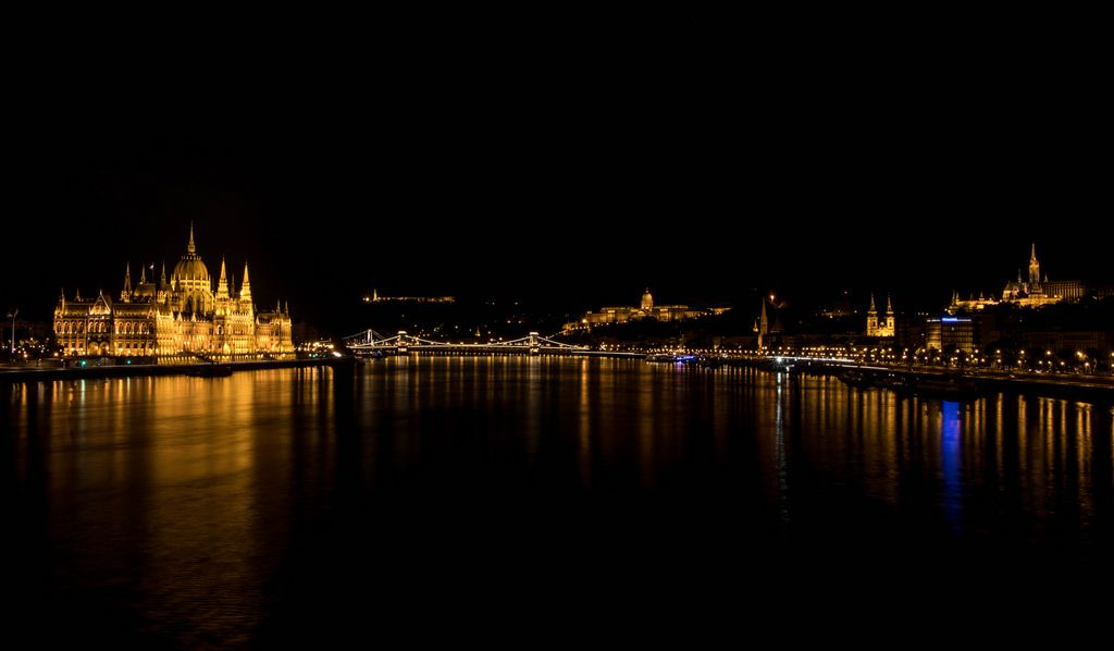 Night view of Budapest landmarks
