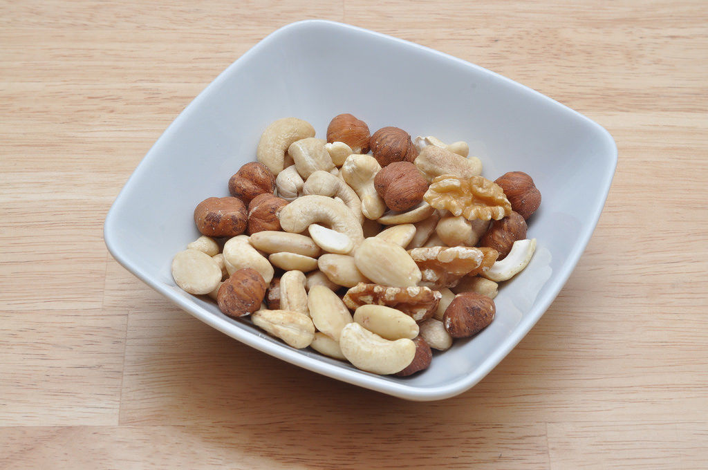 Nussmischung / Different nuts