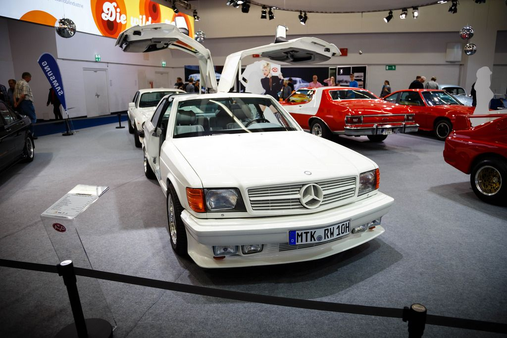 Oldtimer SGS Gullwing Mercedes-Benz 500 SEC  auf der Ausstellung