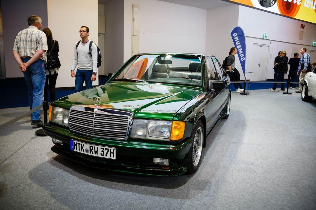 Oldtimer SGS St. Tropez Mercedes-Benz 190E  auf der Ausstellung