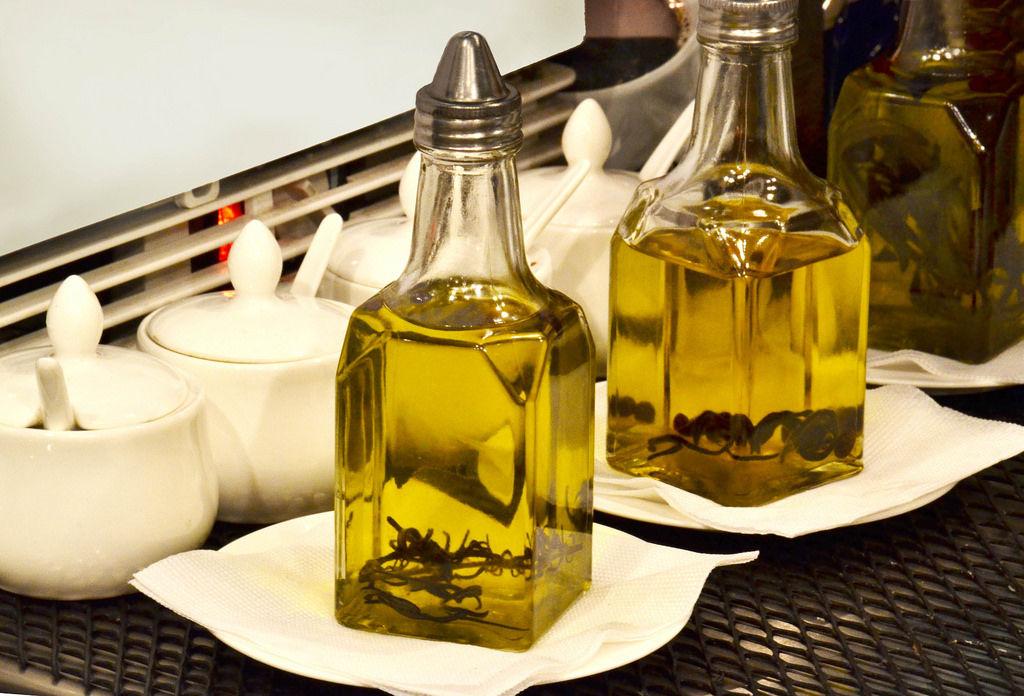 Olivenöl mit Gewürzen