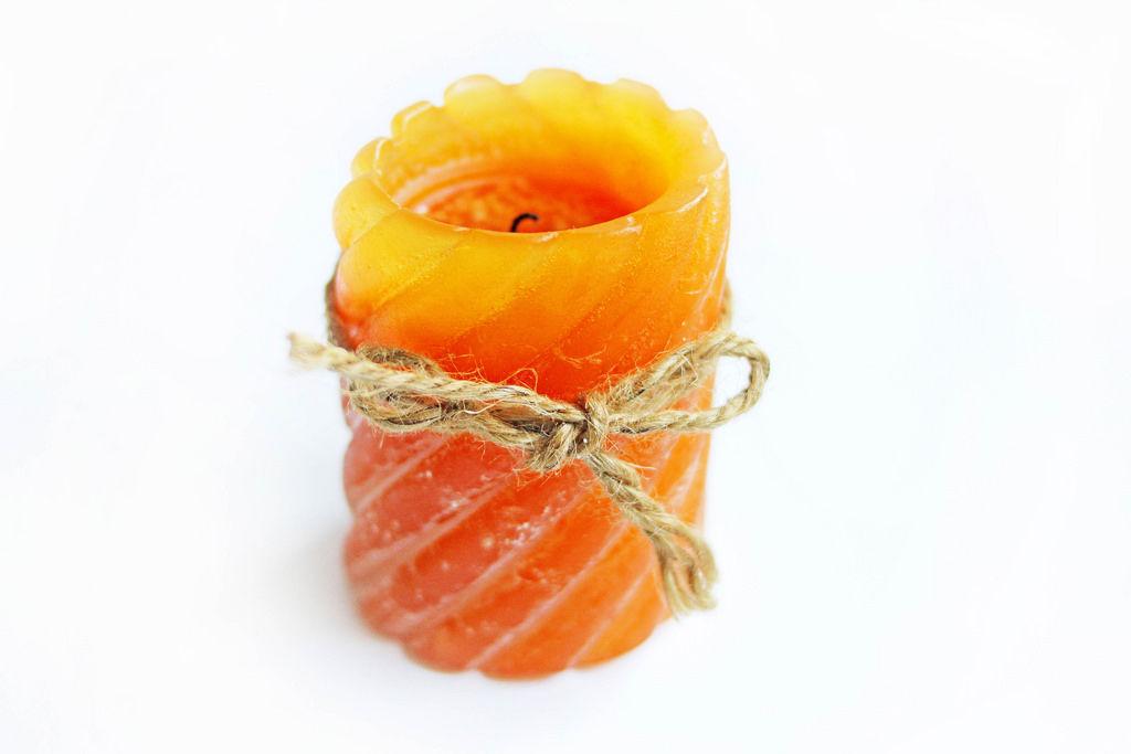 Orangene Kerze / Orange Candle