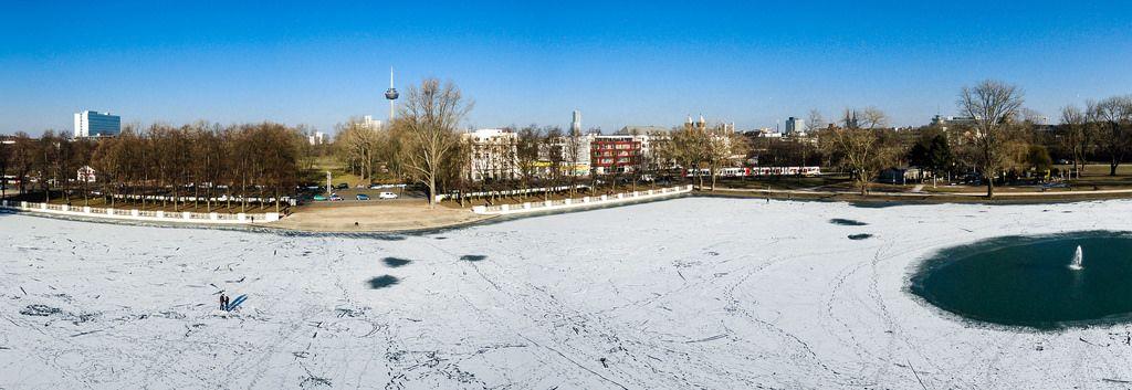 Panorama-Foto über dem Aachener Weiher