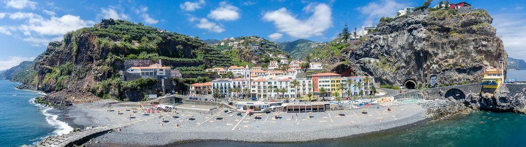 Panorama: Ponta do Sol in Madeira