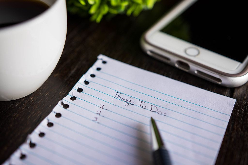 Paper with a Things-To-Do list