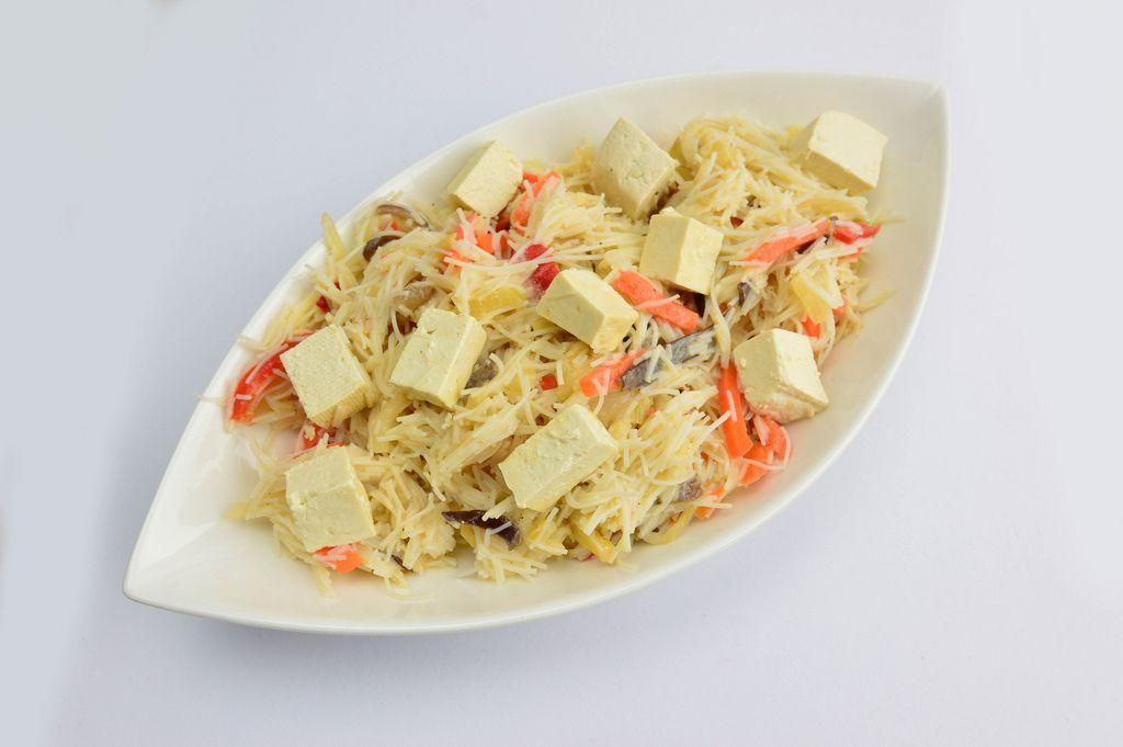 Pasta mit Tofu und Gemüse